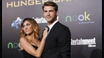Miley Cyrus, Parejas de Hollywood, Liam Hemsworth