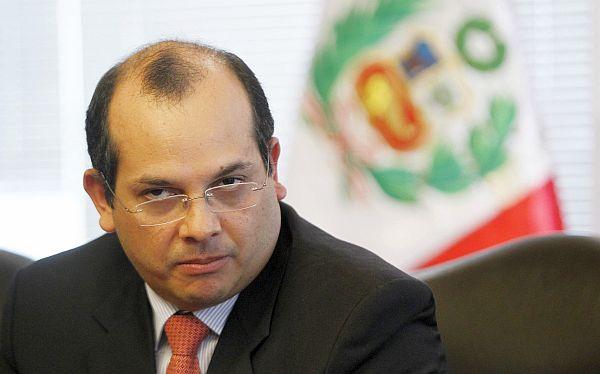 Ministro Castilla negó cambio de rumbo en política económica