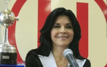 Indecopi, Universitario de Deportes, Sunarp, Rocío Chávez Pimentel, Right Business SA