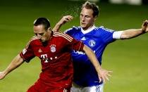 Claudio Pizarro, Bayern Mnich, Jefferson Farfn, Schalke 04, Amistosos internacionales