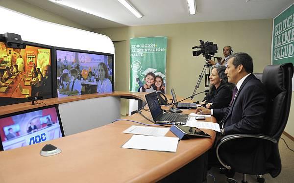"""Ollanta Humala: """"La educación pública puede ser tan competitiva como la privada"""""""