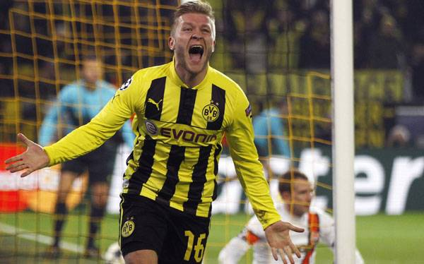 Borussia Dortmund pas a cuartos con goleada 3-0 al Shakhtar Donetsk