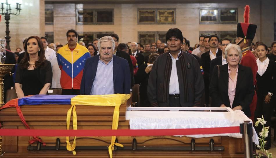José Mujica, junto a Cristina Kirchner y Evo Morales