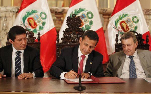 Presidente Humala promulgó ley que facilita regreso de connacionales