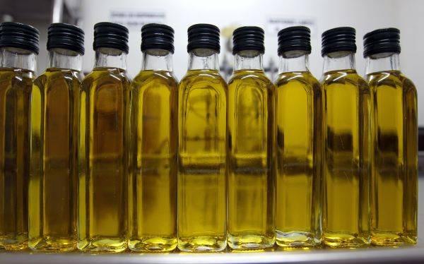 El aceite de oliva te puede ayudar a comer menos