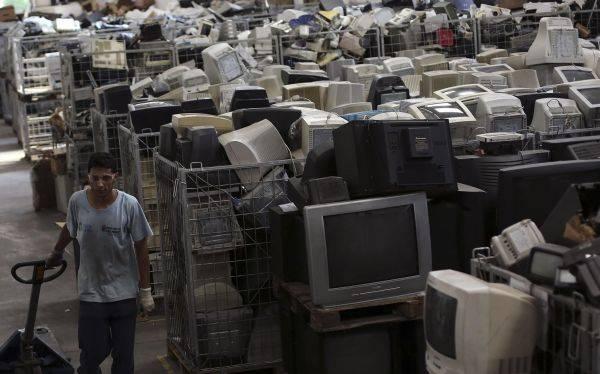 El problema del reciclaje de las pantallas viejas