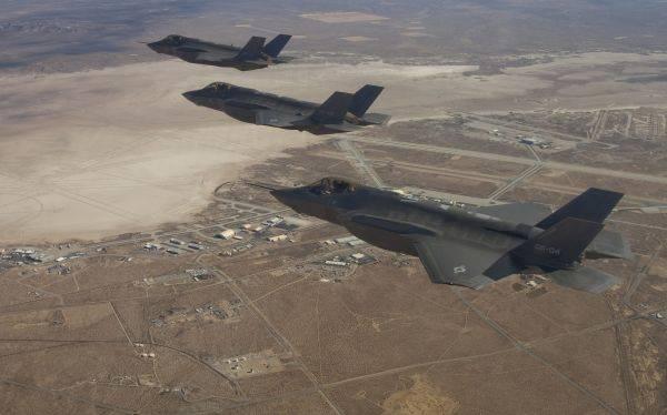 EE.UU. envió cazas F-22 a Corea del Sur para ejercicios militares