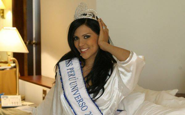 Murió Miss Perú Universo 2008, Karol Castillo