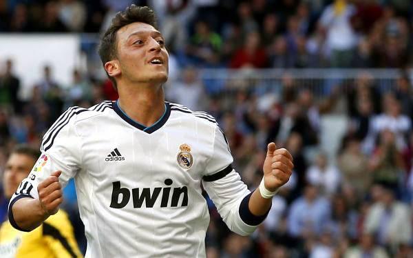 Real Madrid derrotó 3-1 al Betis y quedó listo para visitar al Dortmund